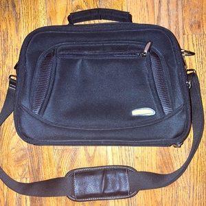 Traveling  black carryon on makeup toiletries bag